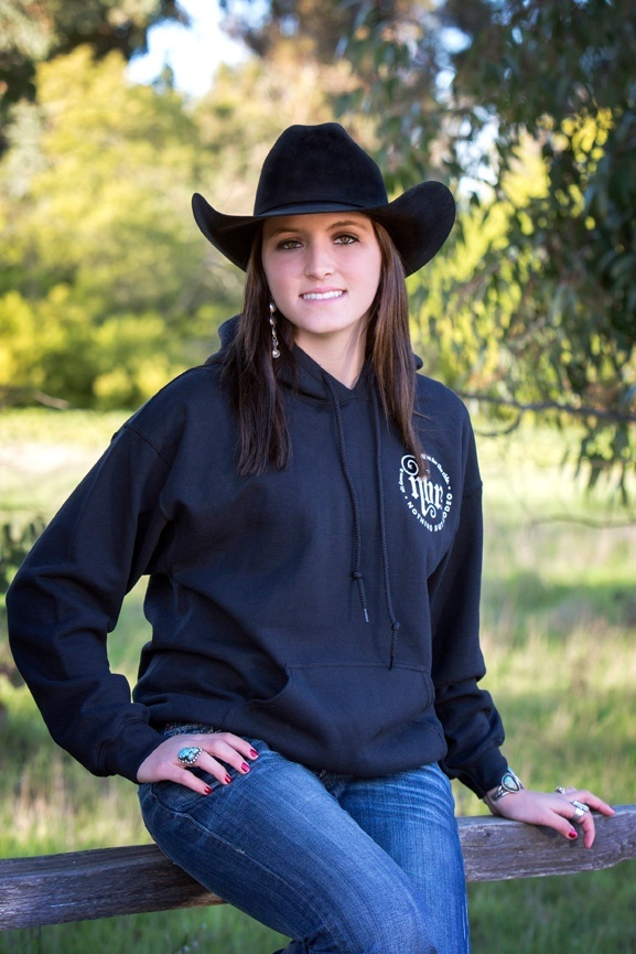 rodeo single women If your idea of a perfect date is a romantic evening at the rodeo and listening to country music, you'll love our cowboy dating service built specifically for country singles are you a country western single looking for a cowgirl to ride into the sunset with.