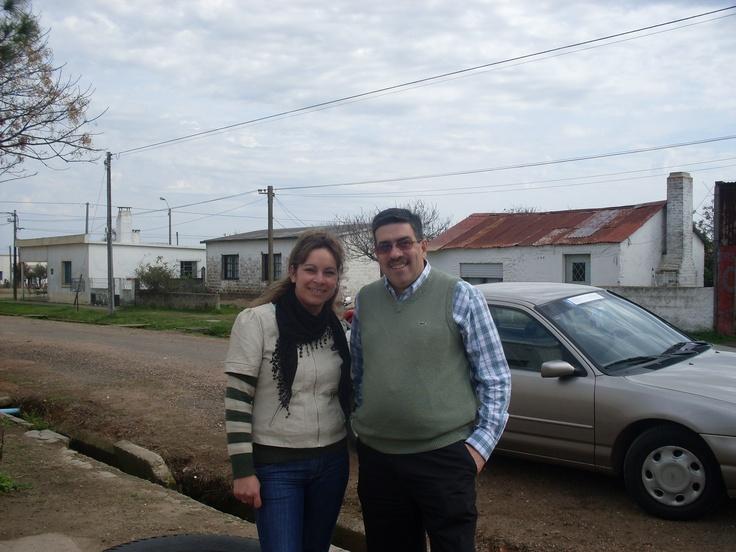 Año 2012: junto a Rosa Olivera Ancheta de Escritorio Valdez, en Fraile Muerto, Cerro Largo