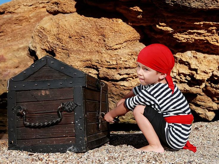 5 IDEAS FOR EASY BOYS COSTUME https://www.paidi.gr/2014/02/boys-costumes-250214/#.VN3xi-asVVI