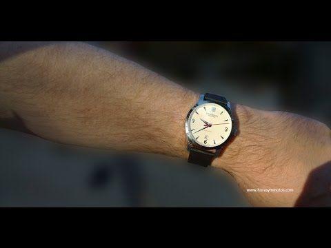 En la muñeca: Victorinox Alliance | Horas y Minutos