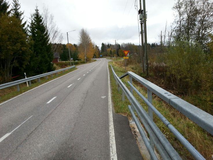 October 7 ,2016 . Nummenpääntien alku Perttulassa  . NURMIJÄRVI  . FINLAND  .