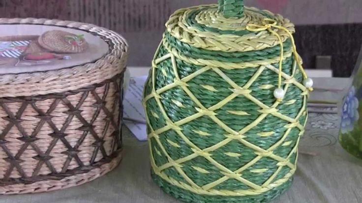 """Weaving a basket with recycled newspaper in the technique of """"Diamond Mesh"""" pattern by Natalia Sorokina. As long ago as this spring, while shooting the tutor..."""