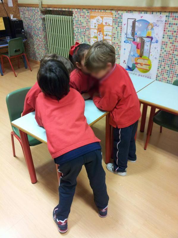 "MARISTAS OURENSE INF en Twitter: ""Aprendizaje cooperativo. 3°C infantil. @compostelaenruta @ourenseenruta http://t.co/tZ3P5qsH3S"""