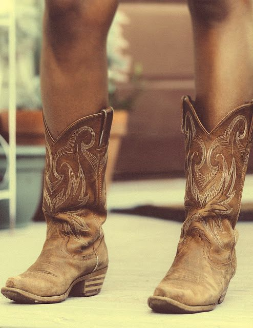 Cowgirl boots on YWS style spread in Savannah, Georgia.  This is exactly the pair I want, beat up and one color!  I love em!