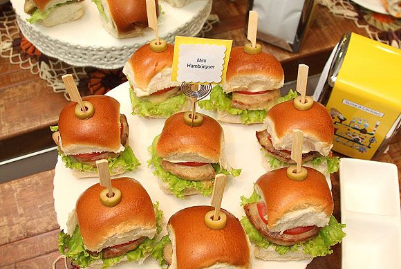 Festa do Sanduiche Mini Hmaburguer Como organizar festas
