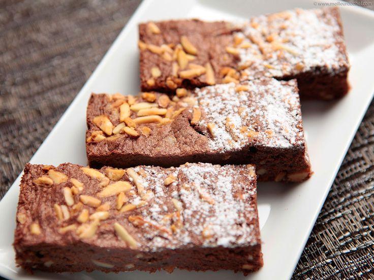 Brownie chocolat aux amandes bâtonnets caramélisées