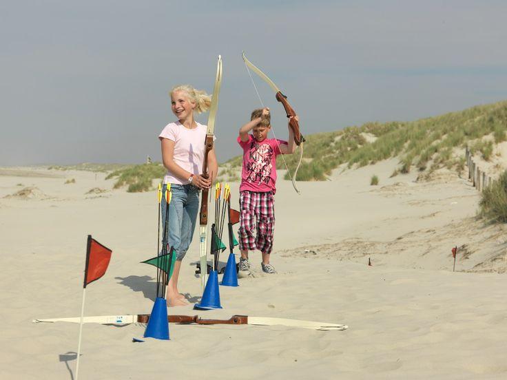 Boogschieten voor kinderen op Terschelling http://www.mooiweerzomerspelen.nl