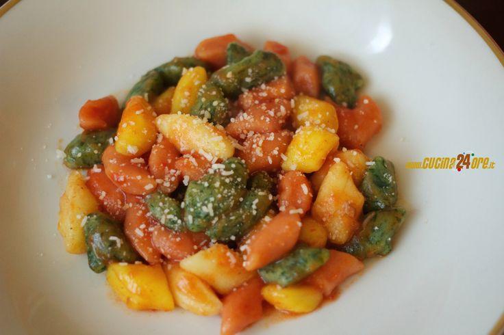 Gnocchi Tricolore di Carnevale con Zafferano, Pomodoro e Spinaci – FOTO e VIDEO – Ricette di Cucina