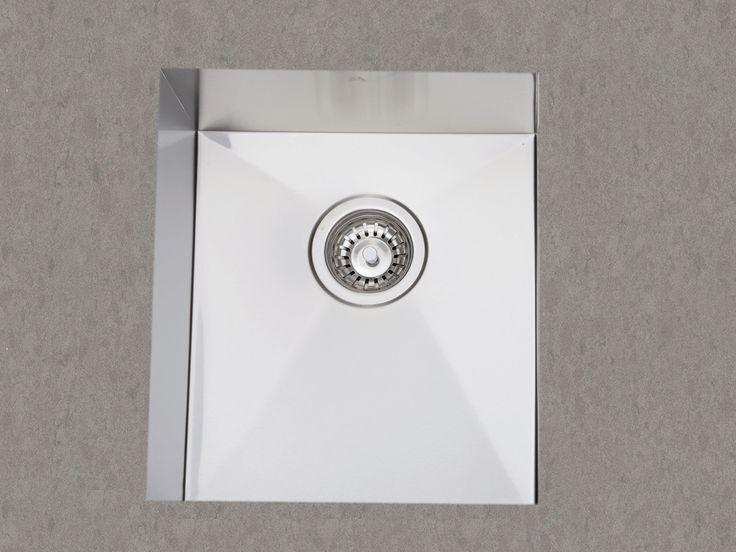 380 Undermount Kitchen Sink