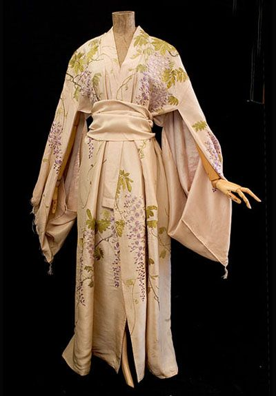 "Kimono-style tea gown, c.1905 ""Elegant tea gowns were worn by society ladies in their homes before dinner."