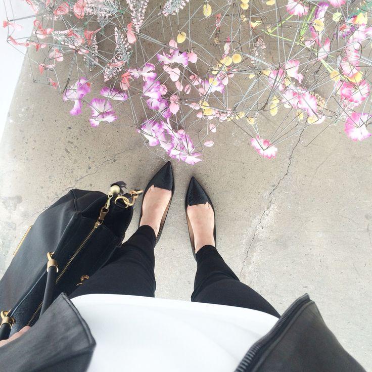 #fwis #jbrand #jimmychoo #fashionblogger #blogger #fashion #skinnyjeans