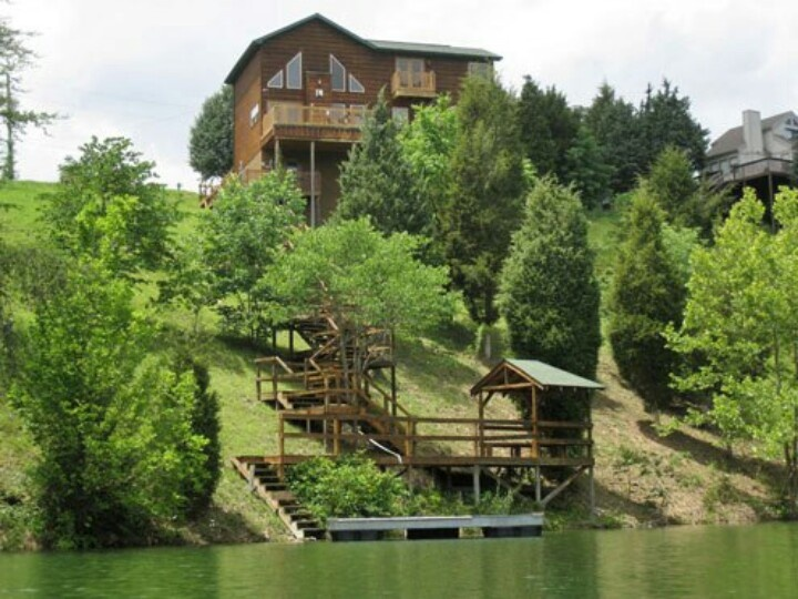 Cabin on the water yes idee casa pinterest for Smoky mountain cabins on the water