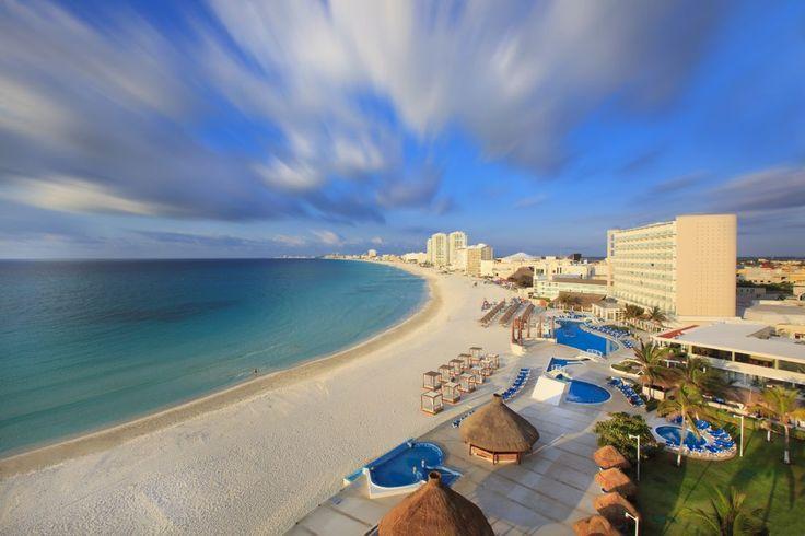 Un factor que influye en la decisión de los viajeros de visitar las playas mexicanas es el promedio del precio de la de cerveza
