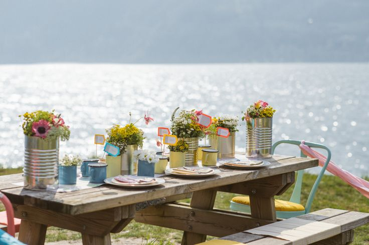pic nic table decor  http://www.say-yep.com/issue1/