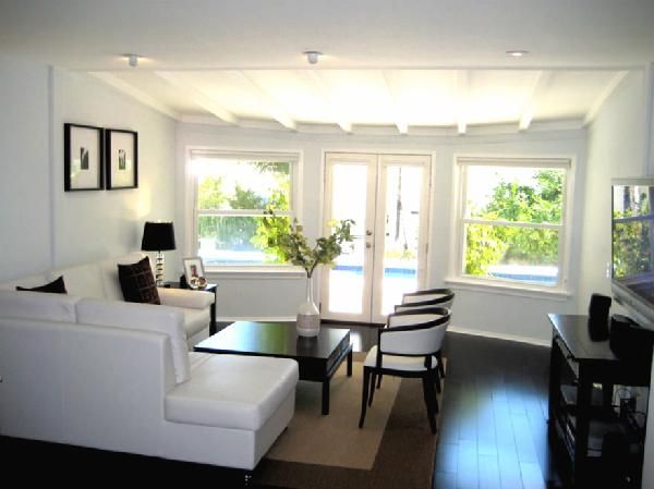Living Room Ideas With Black Sectionals best 25+ white leather sectionals ideas on pinterest | leather