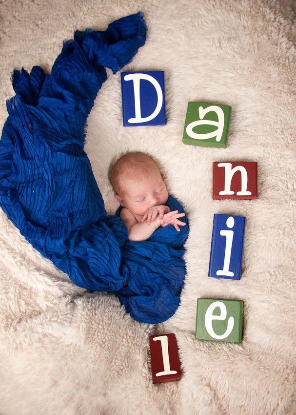 NEw born photo shoot idea. Spell the baby's name with blocks