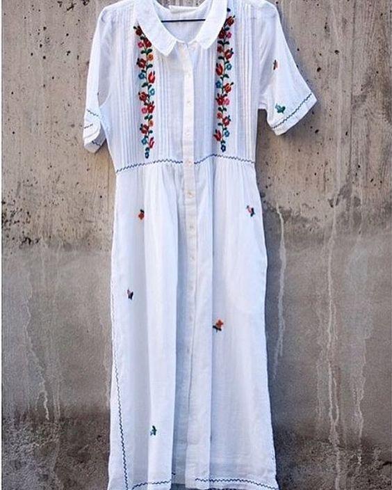Este vestido de @leonandharper que podéis encontrar en @nelybelula es perfecto para vuestra luna de miel ! (Y para muchas cosas más 😍)