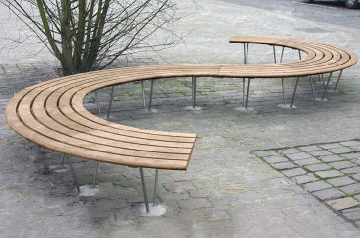 Banco curvo de madeira SINU 72° by Factory Street Furniture