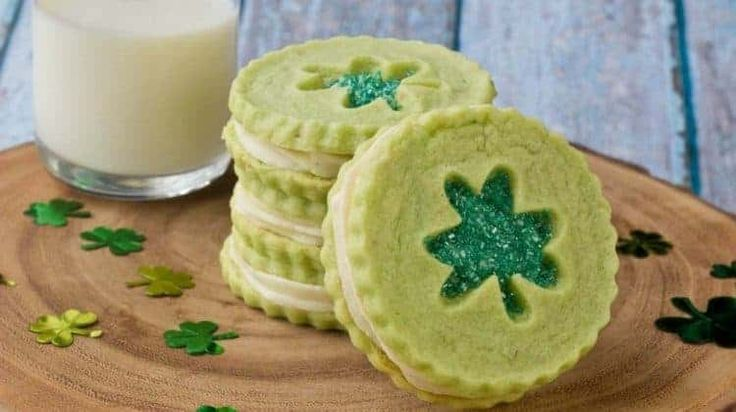 21 Decadent St. Patrick's Day Cookie Recipes | Homemade Recipes | https://homemaderecipes.com/decadent-st-patricks-day-cookies-recipes/