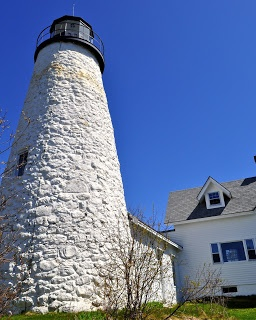 Maine Lighthouses and Beyond: Dyce Head Lighthouse - Spring 2013