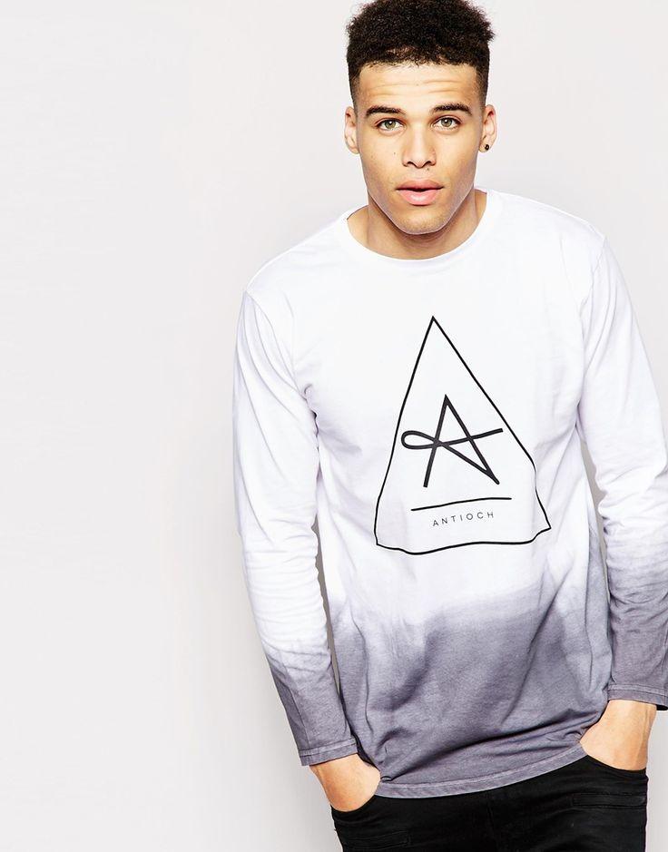 Antioch | Antioch – Langes T-Shirt mit langen Ärmeln und Batikmuster bei ASOS