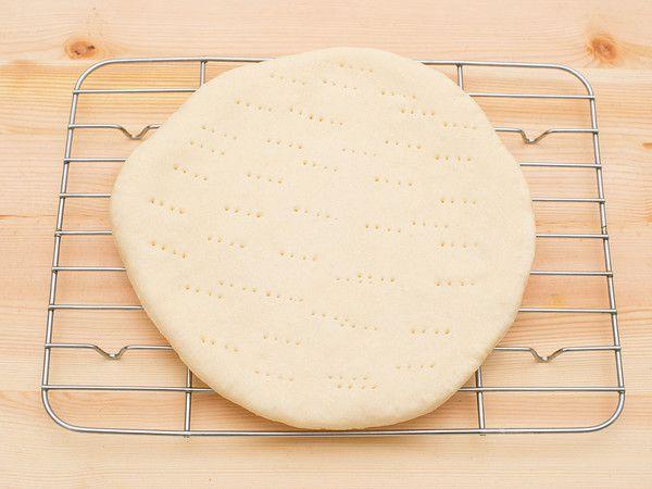 Basic dessert pizza dough 基本のデザートピザ生地 by 日東書院本社 - 「プロのレシピ」雑誌・料理研究家の人気レシピが見放題![クックパッド]