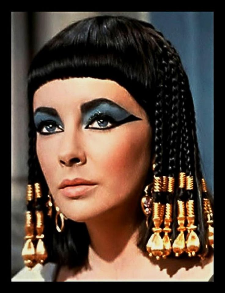 Two in one Elizabeth Taylor and Cleopatra