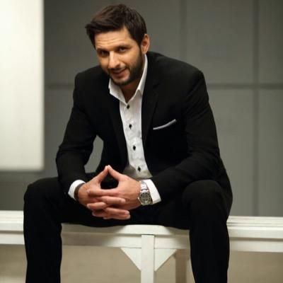 A pure class with a swag . Well hes the apple of my eye. Meet shahid afridi fellas