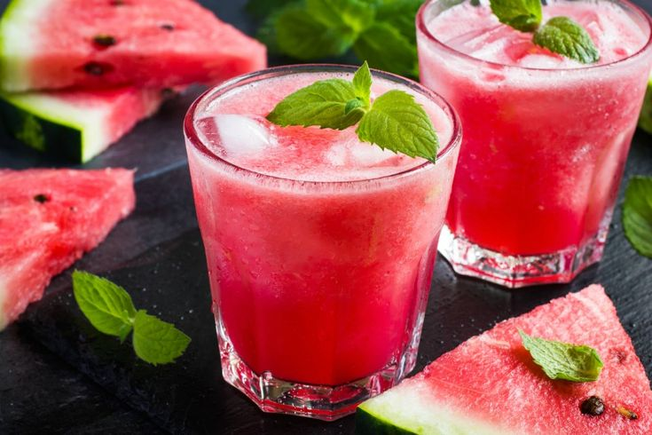 The Healthy Mummy shares the recipe for this delicious, refreshing and healthy watermelon, mint and lime Christmas slushie.