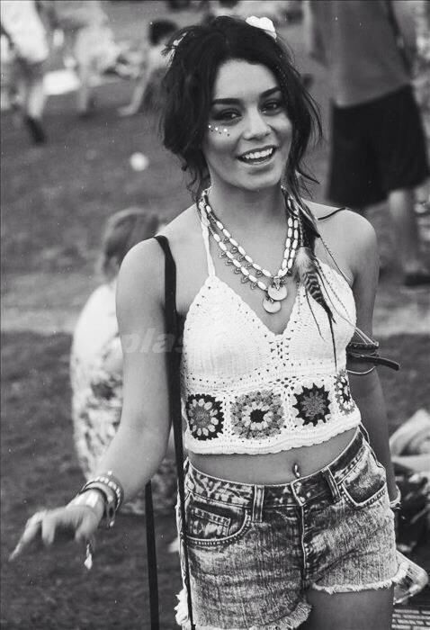 Vanessa Hudgens showing us how it's done at a bohemian festival