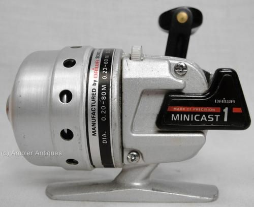 Antique Vintage Daiwa Minicast 1 Spin Casting Fishing Reel W Orig Box Working Home Spinning