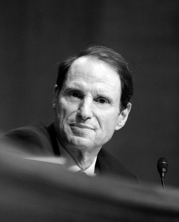 4.22 Senator Ron Wyden: The Free Internet Is a Global Priority