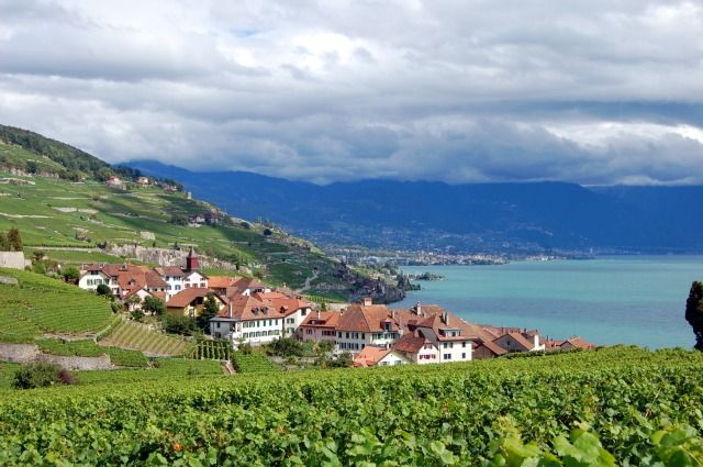 When you think of Switzerland a few things might come to mind, including the high cost of visiting. Switzerland is certainly not a cheap destination, but don't cross it of your list just yet. Here are a few ways to check out the country's