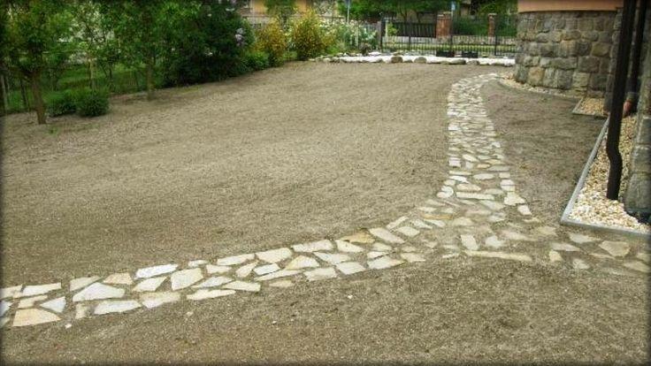 Založení trávníku setím, realizace cesty ze štípaného kamene