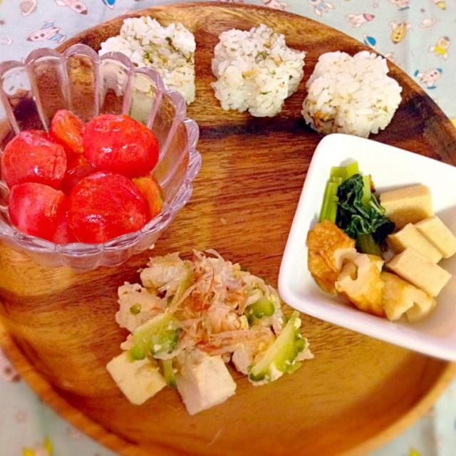 ・ゴーヤチャンプル ・小松菜竹輪高野豆腐の煮物 ・冷やしトマト ・いかと昆布のふりかけご飯 - 10件のもぐもぐ - 息子夕食 ゴーヤチャンプル by eri