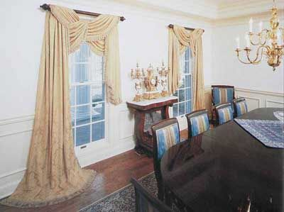 Another Way To Dramatically Use Scarf Valances Whether In The Lace Curtain  Material We Specialize In