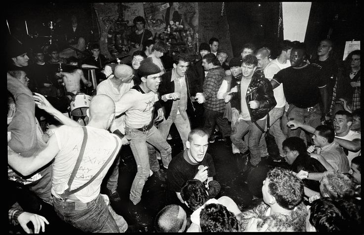 Minor Threat live in DC, 1982.