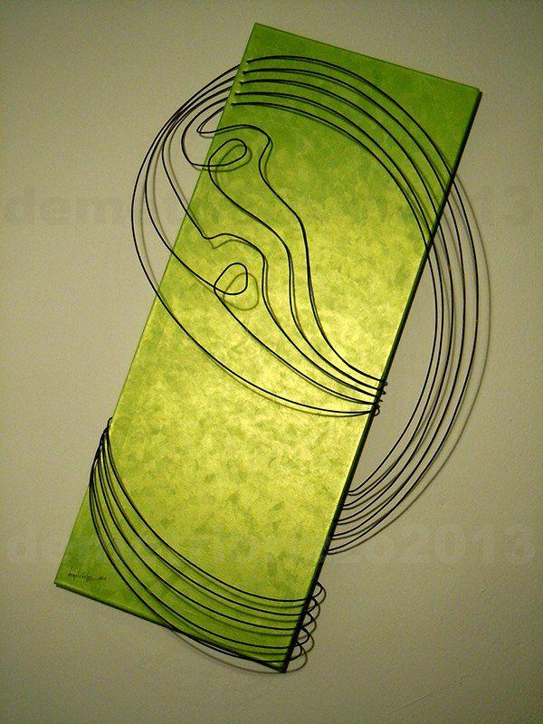 Wire sculpture by Demetrio Rizzo: Il rivoltoso - 2013 - wire and canvas - Size: 70x105x25cm