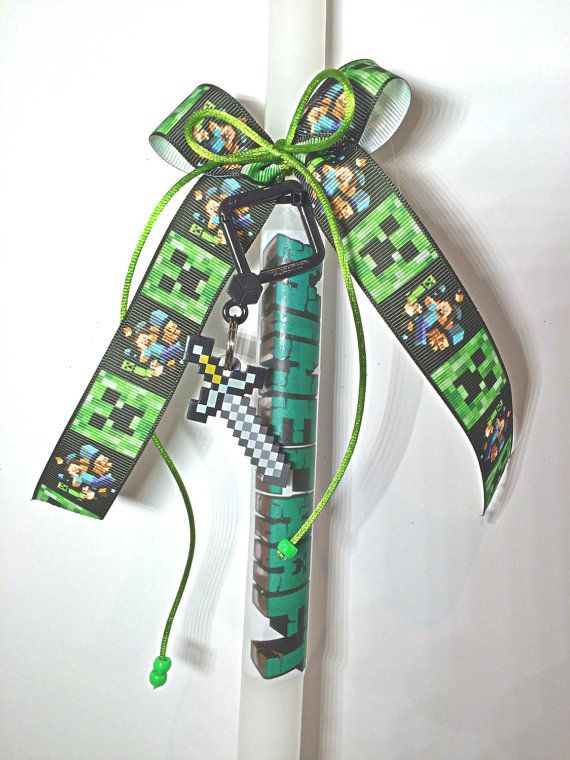 Minecraft Easter candlesGreek Easter Candle Lambada by Zoes4life  visit my new shops  http://www.bonanza.com/booths/zoes4life http://www.ebay.ca/usr/zoes4life
