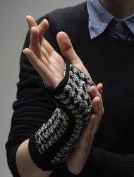 The Carpal Tunnel Syndrome  Gauntlet is an interactive accessory designed for as a therapy device for which is one of the most common hand diseases.  The Gauntlet makes CTS patients aware of load situations and reminds them to vary their hand positions: One knitted sensor on the top of the hand realizes if the wrist is bent, another one at the palm and inner side of the arm measures pressure on the wrist.