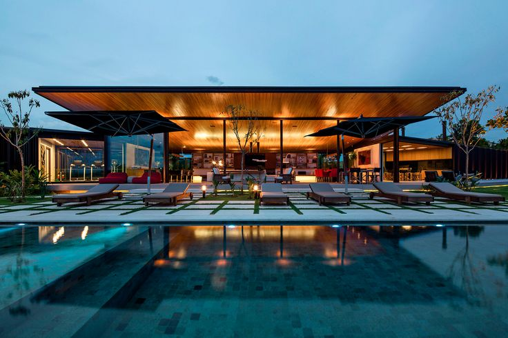 Spectacular-ness by Jacobsen Arquitetura.