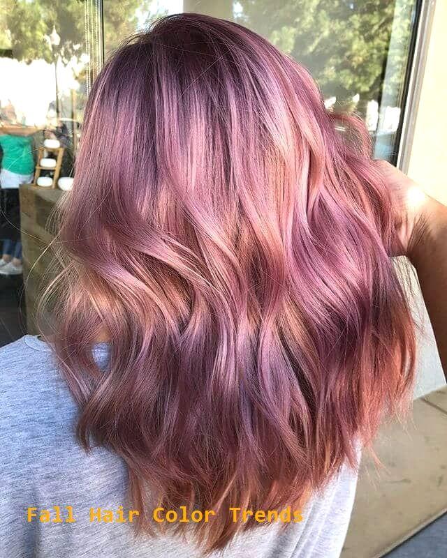 50 Ideen für eine lebendige Haarfarbe im Herbst, um Ihren…
