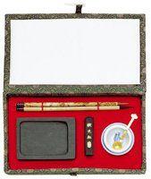 Sumi-E set mini.  Inhoud: 2 penselen, wrijfsteen, inktstick en   waterpotje met lepeltje