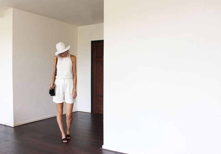 WHITE ON WHITE - Connected to Fashion   Creators of Desire - Fashion trends and style inspiration by leading fashion bloggers