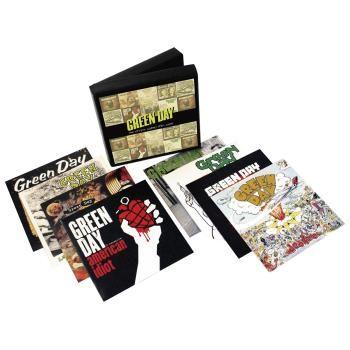 Cofanetto contenente gli album dei #GreenDay dal 1990 al 2009. Su 8 CD.