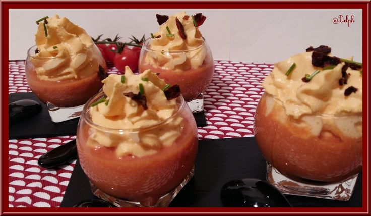 Crème de tomates cerise et Chantilly de Chorizo - Oh, la gourmande..