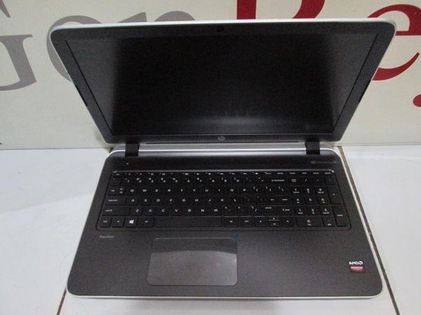 Satu lagi produk laptop yang bisa digunakan bagi para penggemar game PC yakni HP Pavilion 15-P229AX. Laptop keluaran HP ini memiliki ukuran raksasa, yakni 15,6 inchi.