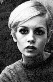 Emblème des années 60. Un des mannequins les plus célèbres de cette époque. Figure emblématique du Swinging London. Apparence androgyne. Depuis 2005, membre du jury de l'émission 'America's Next Top Model'.