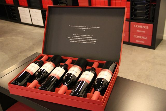 Gracias a la tecnología hoy los consumidores buscan sus vinos a través de un teléfono móvil o tablet, en cualquier momento del día y desde la comodidad del hogar. El aumento de las compras de vino a través de Internet explica elauge de las tiendas de vino online,una nueva forma de comprar, alentado por el fácil acceso a la tecnología (la mayoría...