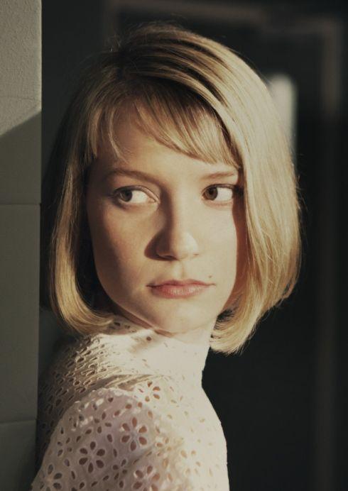 Mia Wasikowska Hannah